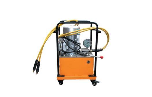 三型快速超高压液压泵
